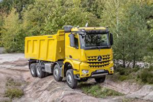 Pictures Mercedes-Benz Trucks Yellow  auto