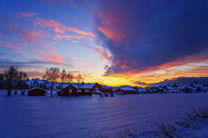 Hintergrundbilder Norwegen Winter Haus Himmel Sonnenaufgänge und Sonnenuntergänge Schnee Natur