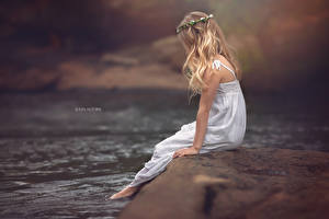 Photo Rivers Blonde girl Hair Sitting Little girls JULIA ALTORK Children