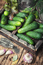 Fotos Gemüse Gurke Knoblauch Lebensmittel