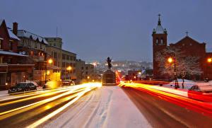 Bilder Kanada Gebäude Straße Abend Winter Denkmal Stadtstraße Straße Straßenlaterne Bewegung Sherbrooke