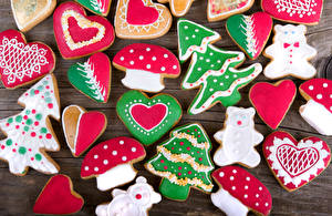 Bilder Neujahr Kekse Pilze Bretter Design Weihnachtsbaum Herz