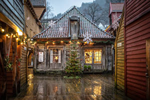 Wallpaper Christmas Norway Building Bergen New Year tree Fairy lights Snowflakes Street lights From wood Bryggen Cities