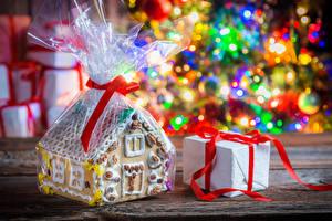 Fotos Neujahr Backware Gebäude Geschenke Lebensmittel