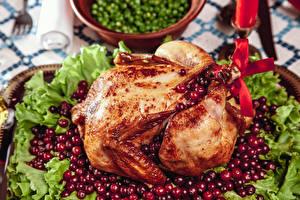 Fotos Hühnerbraten Moosbeeren Gemüse das Essen