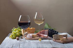 Hintergrundbilder Stillleben Wein Weintraube Käse Schinken 2 Weinglas Schneidebrett Lebensmittel