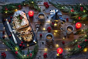 Hintergrundbilder Neujahr Backware Keks Kerzen Kaffee Pfeifkessel Beere Rosinen Bretter Ast Tasse Löffel das Essen