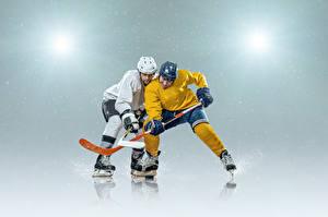 Фотография Хоккей Мужчины Два Униформе Шлем Коньках