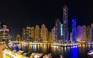 Wallpapers Houses Skyscrapers Dubai Emirates UAE Night time Canal Cities