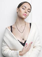 Image Jewelry White background Cross Girls