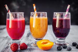 Image Juice Blueberries Raspberry Apricot Three 3 Highball glass Food