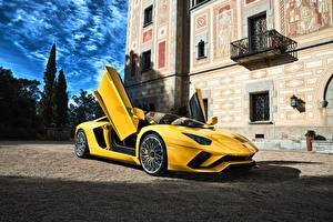 Pictures Lamborghini Yellow Aventador Cars
