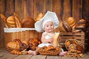 Hintergrundbilder Backware Brot Brötchen Baby Mütze Küchenchef Kinder