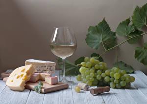 Hintergrundbilder Stillleben Wein Weintraube Käse Bretter Weinglas Schneidebrett Blattwerk Lebensmittel
