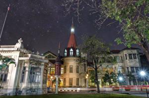 Bureaubladachtergronden Thailand Gebouwen Paleis Straatverlichting Bomen Nacht Phaya Thai Palace Steden
