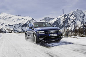 Bureaubladachtergronden Volkswagen Blauw kleur Bewegende 2016-18 Tiguan R-Line Worldwide Auto