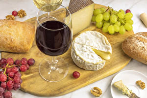 Hintergrundbilder Wein Weintraube Käse Brot Schneidebrett Weinglas