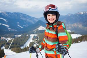 Hintergrundbilder Winter Junge Brille Helm Jacke Kinder