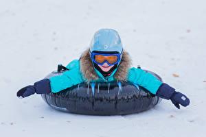 Bilder Winter Junge Helm Brille Hand Kinder