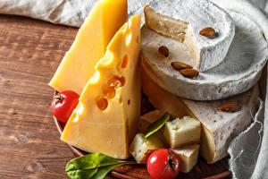 Bilder Käse Schalenobst Tomate Bretter