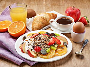 Bilder Kaffee Müsli Obst Fruchtsaft Croissant Äpfel Apfelsine Frühstück Teller Tasse Ei Trinkglas Lebensmittel