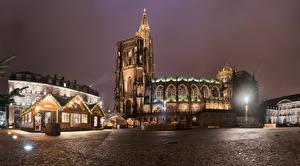 Fotos Frankreich Gebäude Tempel Kirchengebäude Straßburg Platz Nacht Straßenlaterne Städte