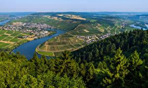 Bilder Deutschland Fluss Gebäude Wald Acker Hügel Moselle Natur