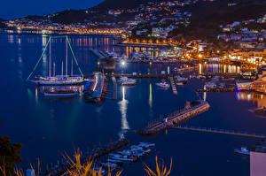 Fotos Italien Gebäude Schiffsanleger Schiff Segeln Bucht Nacht Lacco Ameno Städte