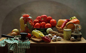 Pictures Still-life Vegetables Tomatoes Bell pepper Garlic Onion Jar Table Food