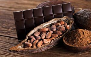 Bakgrunnsbilder Søt mat Sjokolade Nøtter Sjokoladeplate Treplanker Kakaopulver