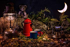 Fotos Teddy Petroleumlampe Pfeifkessel Getränke Mondsichel Becher das Essen