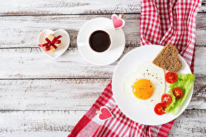 Picture Valentine's Day Coffee Vegetables Bread Wood planks Breakfast Plate Fried egg Cup Heart Present Food