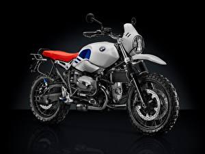 Fotos BMW - Motorrad Schwarzer Hintergrund 2017-18 R nineT Urban G-S