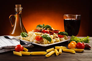 Pictures Drinks Vegetables Tomatoes Bottles Highball glass Pasta Food