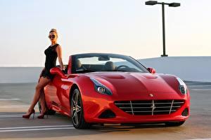 Hintergrundbilder Ferrari Rot Cabriolet California Mädchens