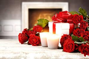 Papéis de parede Feriados Rosas Velas Vermelho Presentes Flores