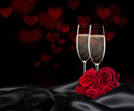 Image Holidays Roses Sparkling wine Red Stemware Two Heart Flowers