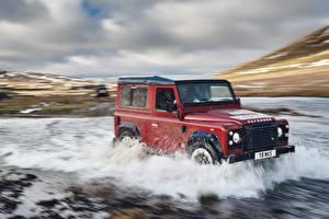 Papel de Parede Desktop Land Rover Água Vermelho Movimento Defender Works V8 2018 carro