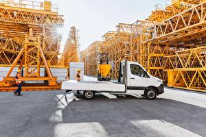 Image Mercedes-Benz Lorry White 2018 Sprinter 516 CDI Pickup Worldwide Cars