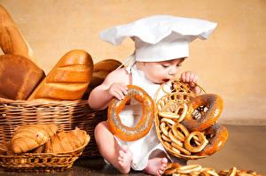 Hintergrundbilder Backware Brot Baby Mütze Kinder