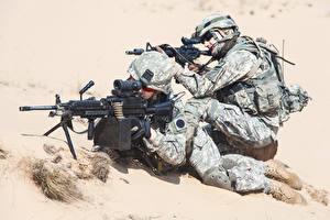 Fotos Soldaten Sturmgewehr Zwei Uniform