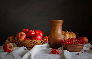 Bilder Stillleben Äpfel Mehlbeeren Kanne Lebensmittel