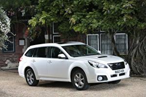 Sfondi desktop Subaru Bianco 2013  Outback 2.0D SZ Lineartronic automobile
