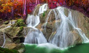 Sfondi desktop Thailandia Cascate Falesia Muschio Pha Tad Waterfall Natura