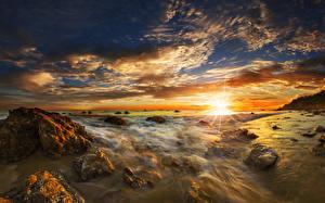 Hintergrundbilder USA Küste Sonnenaufgänge und Sonnenuntergänge Landschaftsfotografie Steine Himmel Wolke Sonne Matador State Beach Malibu Natur