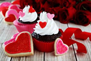Sfondi desktop Festa di san Valentino Biscotti Cupcake Tavole Disegno Cibo