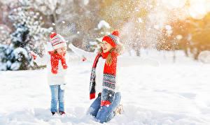 Hintergrundbilder Winter Schnee Zwei Kleine Mädchen Freude Mütze Schal kind