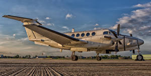 Fotos Flugzeuge Transportflugzeuge Beech C-12U Huron 84-00157-2