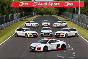 Bakgrundsbilder på skrivbordet Audi Tuning Många Vit Bilar