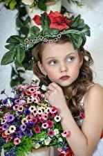 Wallpaper Bouquets Little girls Modelling Children